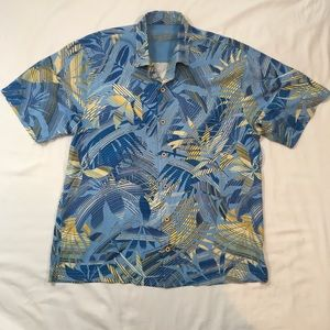 Mens XL Extra Large Tommy Bahama Button Shirt Blue